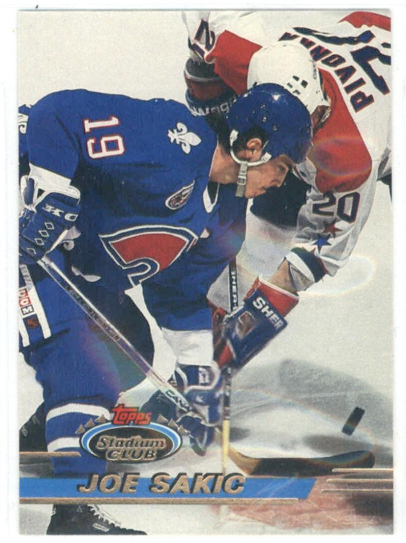 1993-94 Stadium Club #32 Joe Sakic  Nordiques
